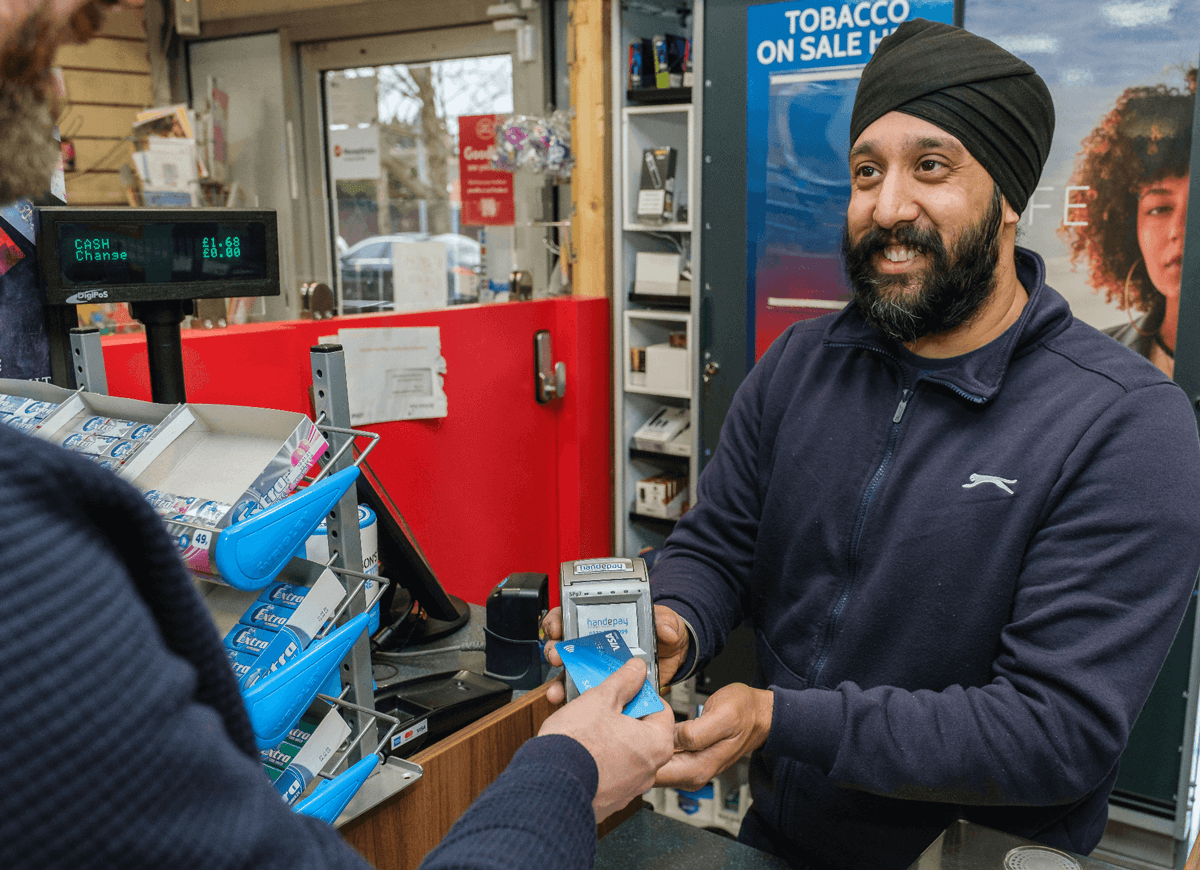 With more customers opting to use contactless payments, is it time you invested in a card machine?